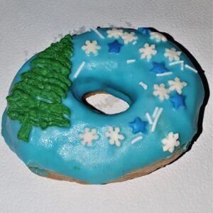 донат голубой с новогодней ёлкой